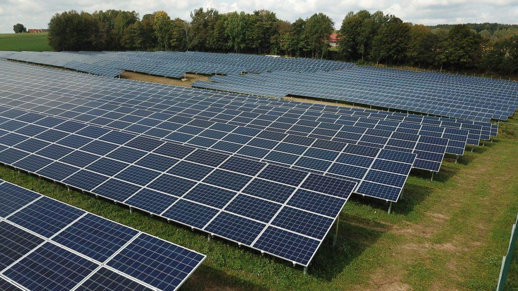 第三種電気主任技術者の転職・再生可能エネルギー業界の転職市場価値